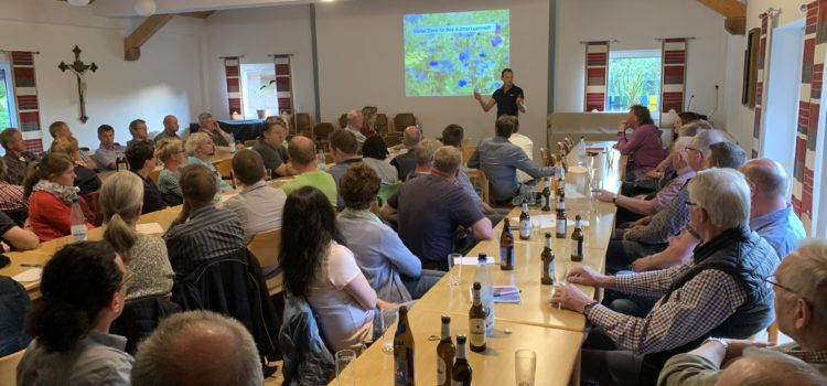 """Auftakt-Veranstaltung zur  Dorf Aktion """"Insektenjahr 2019"""""""